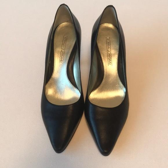 Joan & David Shoes - Circa Joan David black Pumps